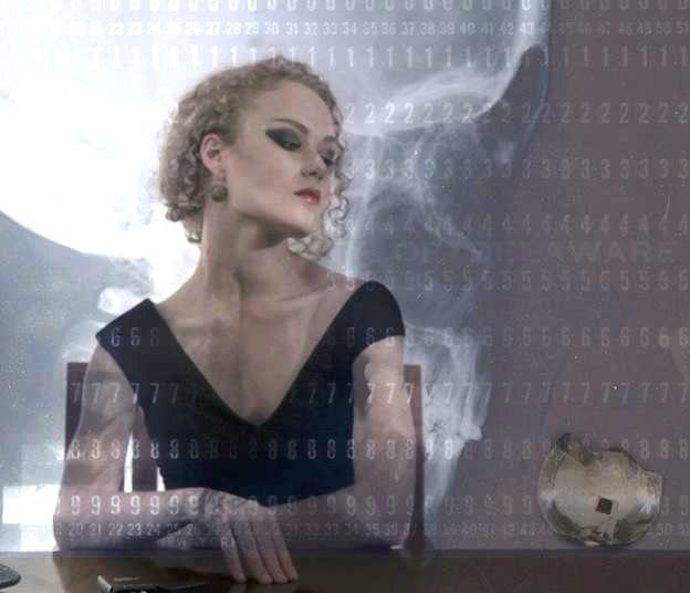 FemmeFatale- Alice